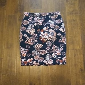 Ann Taylor 4 petite black embroidered skirt floral